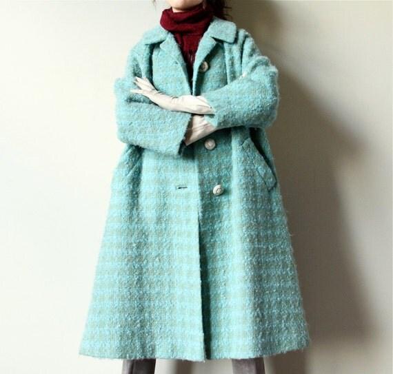 60s Mod Swing Coat, mint green tweed wool boucle jacket, pale pastel seafoam Mad Men era raglan sleeve boxy overcoat