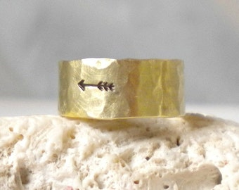 Ready to Ship--Size 10--Brass Hammered Arrow Ring-