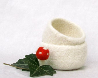 Free Shipping - Felted bowls / Christmas gift / Gift for her / wedding favor / Cozy gift / Set of two