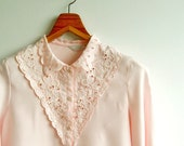 Vintage Pastel Pink Flower Cut Out and Embroidery Scallop Collar Long Sleves Top