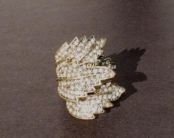 Gold Three Leaf Rhinestone Ring