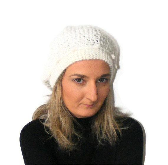 hand-crocheted women hat, Women Winter Crochet Hat, Women Beanie, Hat, pom pom applique, Ivory Chunky beret ,for her