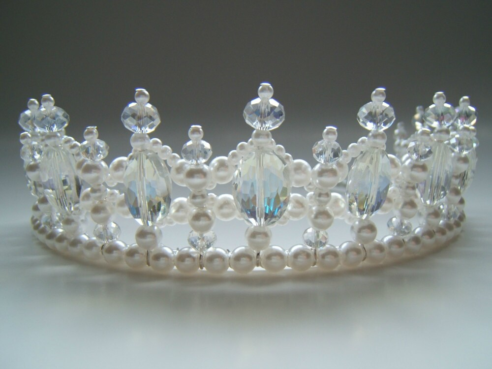 Crystal and Pearl Regal Princess Tiara by CreativeCalling1 ...