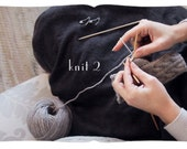 learn to knit cabled fingerless gloves. printable pattern with animated movie tutorial. knitting studies, old school.
