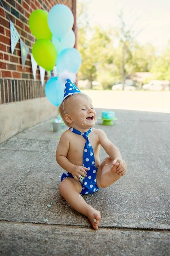 Baby Boys First Birthday Outfit Necktie Party Hat & Diaper Cover First Birthday Photo Cake Smash Outfit in Blue with White Polka Dots