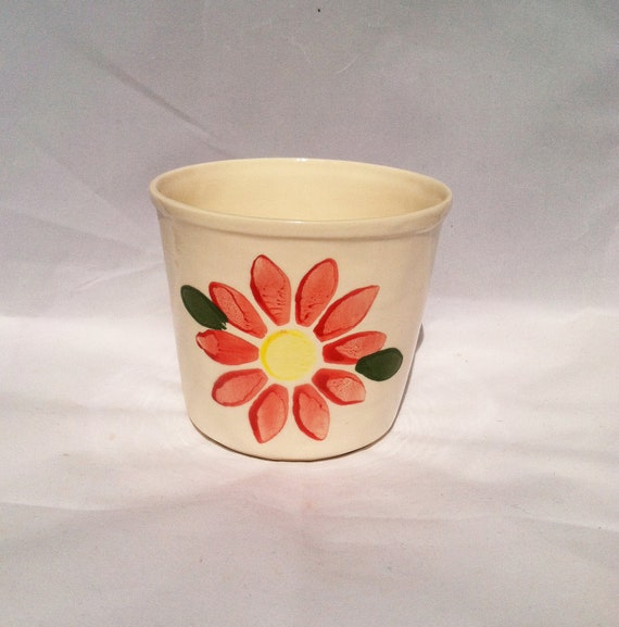 Red Flower Daisy Stamped Small Flower Pot Planter Made in Ohio USA