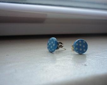 tiny blue and white polka dot posts