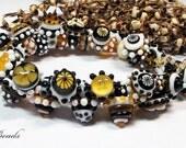 AV-Beads lampwork Bracelet in black, topas and white SRA