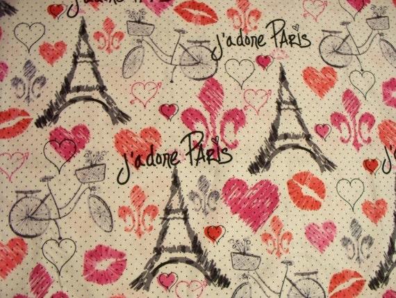 Vintage Paris J'Done Travel Eiffel Tower Script Hearts Cotton Fabric