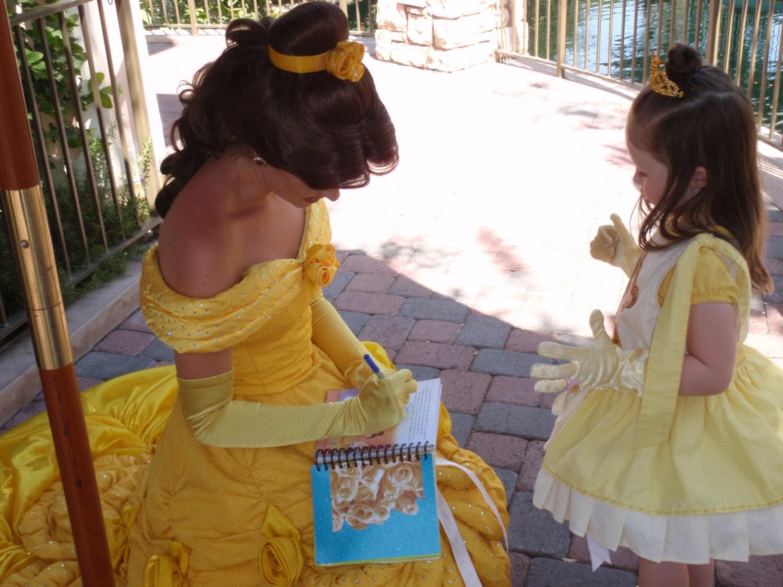Resultado de imagen para real autograph of a disney princess