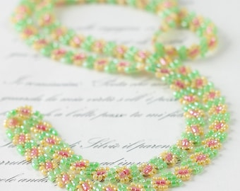 Girls Necklace - Daisy Chain Necklace - Children's Jewelry - Beadwork Jewelry - Kids Necklace- Yellow and Green