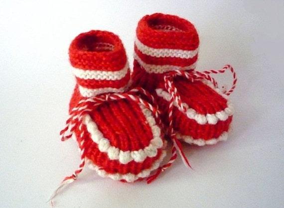 Vintage Pair of Baby Shoes Handmade of Wool
