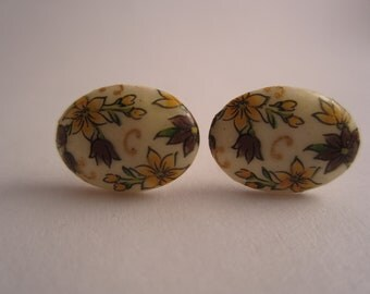 Vintage Stud Earrings Floral
