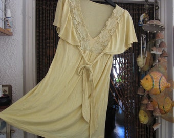 Unique 80's Canary Yellow V-Neckline Tunic Top, with Wavy Sleeves and Lacy Front - Medium to Large