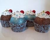 Cupcake Ornaments / Christmas Ornaments / Set of 4