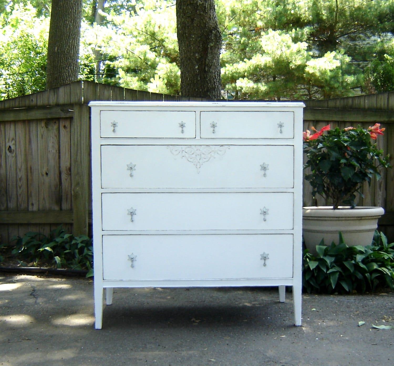 Vaisselier Shabby Chic: Antique Shabby Chic White Dresser
