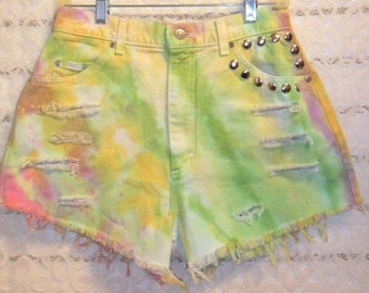 Vintage Lee High Waisted TIE  Dyed  Denim Shorts - Studded Waist 29  inches