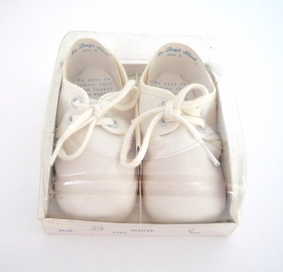 "1960's ""Mrs. Day's Ideal"" White Crib Shoes"