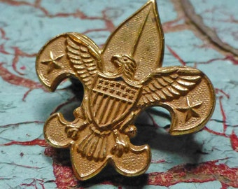 Boy Scout Tenderfoot Badge Pin PAT 1911 on back Goldtone