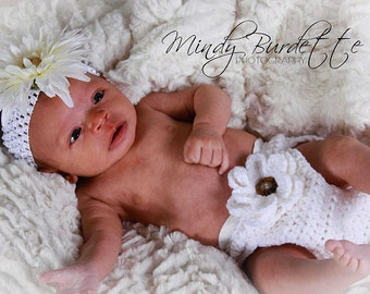 White Crochet Diaper Cover - Available in Any Color with Detachable Flower - Photo Prop - Available in 0 to 3, 3 to 6, 6 to 12 and 12 to 24