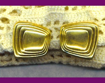 Earrings MONET Vintage Clip On Gold Geometric