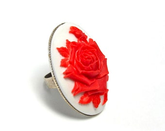 Red and White Rose Flower Cameo Ring - American Beauty Flower - Floral Cameo Jewelry - Victorian Accessory