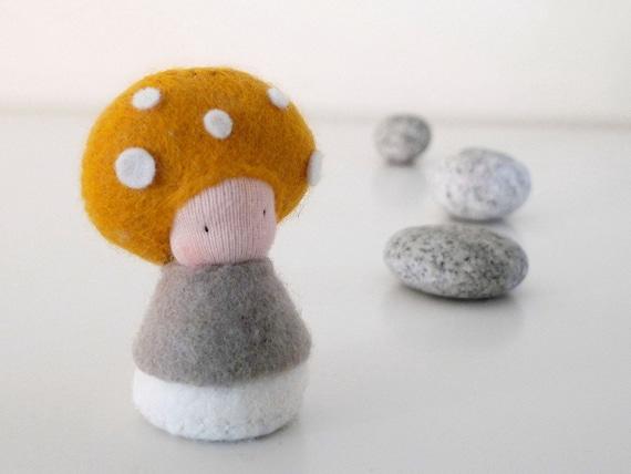 Small toy plush mushroom, Baby Waldorf Doll, Organic toy, Eco friendly toy - Mosa