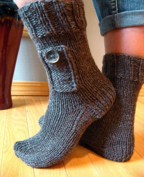 Knitting Pattern For Pocketbook Slippers : Knitting Pattern for Pocket Socks from kraftling on Etsy Studio