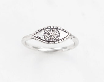 Watchful Eye - sterling silver ring