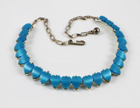 1950s Vintage Heart blue Thermoset lucite necklace