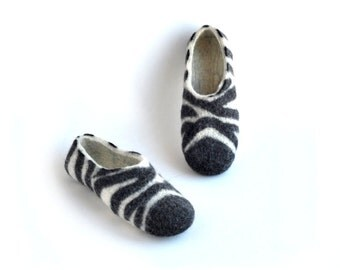 Felted slippers ZEBRA - black and white - natural wool
