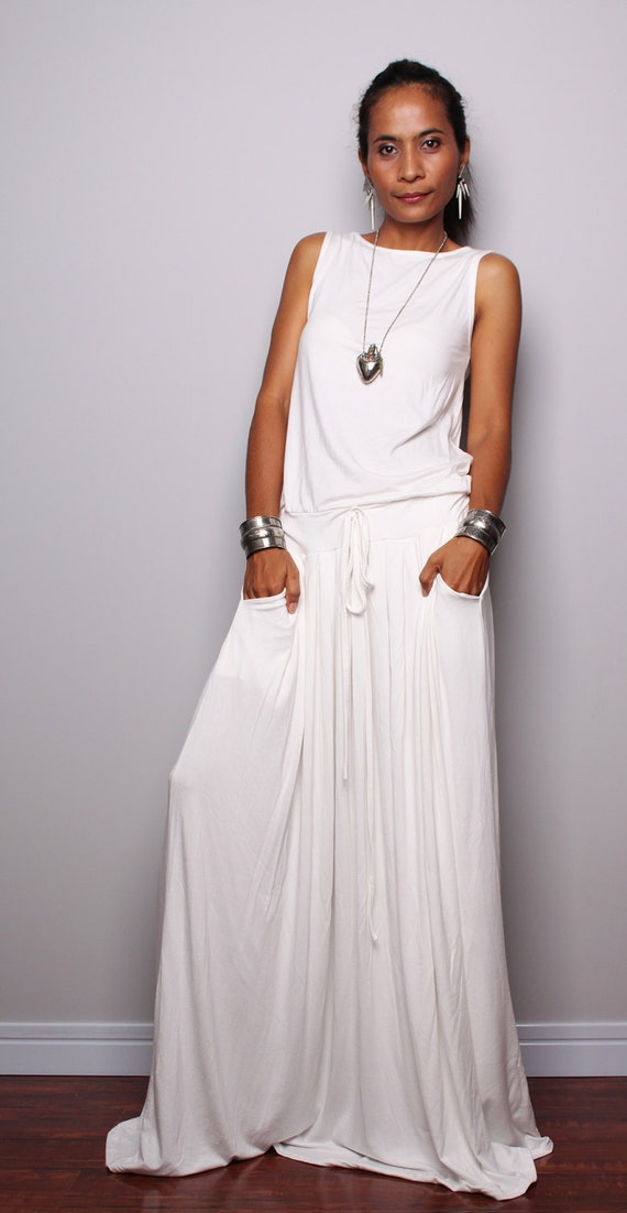 PLUS SIZE Dress / Off White Maxi Dress Sleeveless dress :