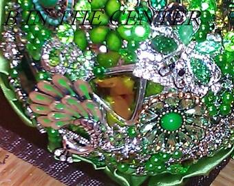 Emerald Envy BROOCH BOUQUET