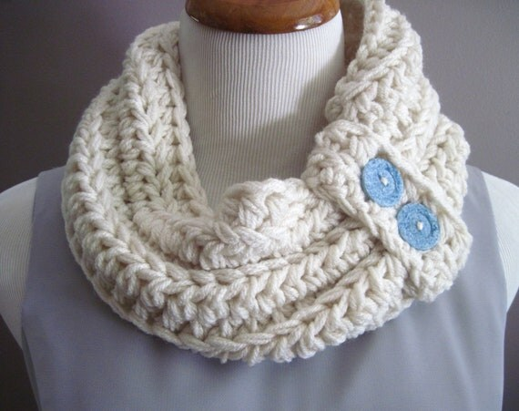 Chunky Bulky Crochet Neckwarmer Cowl:  Off White with Blue Buttons