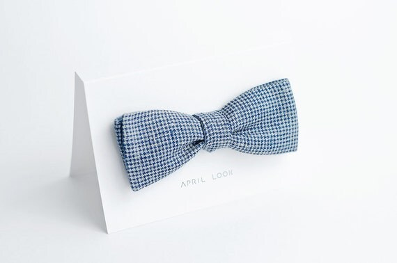 Blue houndstooth bow tie - double sided