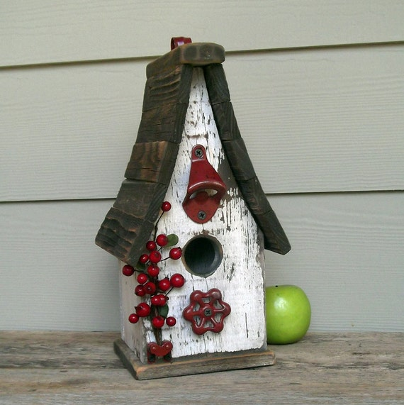 Shabby Chic Birdhouse, Primitive Birdhouse, Peely White Paint, Red Berries, Wood Birdhouse, Recycled, Reclaimed, Rustic Birdhouse