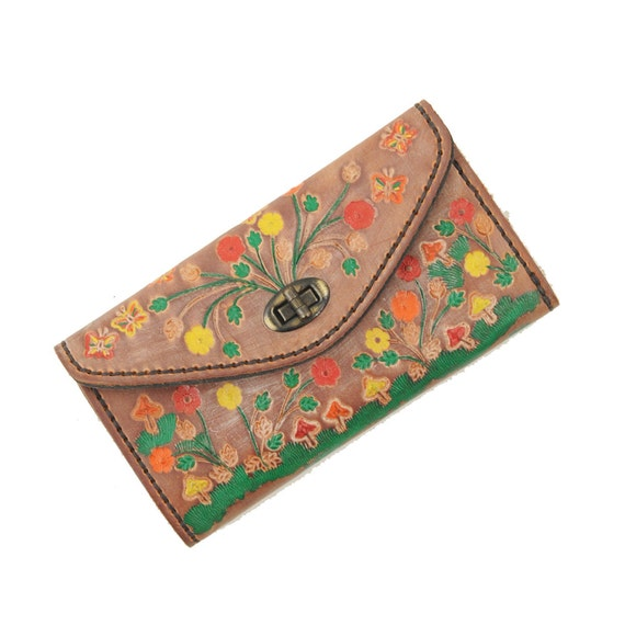 RESERVED FOR: TheLotusHeart Vintage 1970's Leather Hand Tooled & Dyed Floral Mushroom Wallet