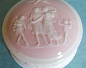 German Porcelain Dresser Box Classical Decoration Imitating Pate sur Pate