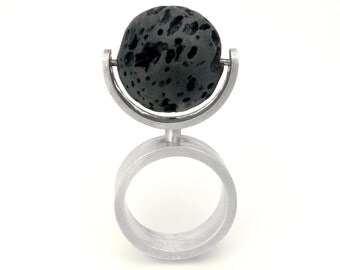 ORBIS TERRARUM Sterling Silver Kinetic Ring with Lava Stone