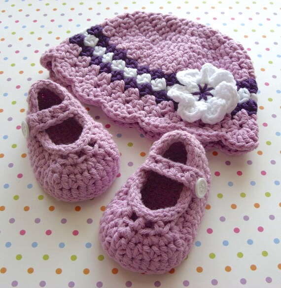Modern Crochet Booties Cloche Striped Hat Mary Jane Shoes Lavender Cap Baby Shower Set Gift Boxed Infant 0 to 3 Months Infant Size 1 Shoe