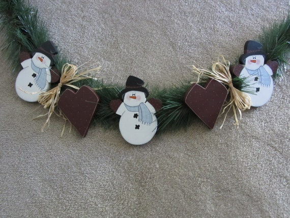 Snowmen Christmas Garland - Holiday Decoration - Hand Painted Wood