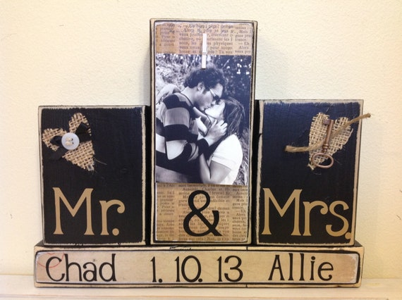 Mr Mrs Wedding Gifts: Wedding Gift Wedding Custom Sign Mr And Mrs Sign Anniversary