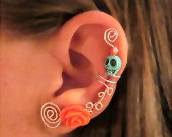 1 Non Pierced Ear Cuff - Halloween, Dia de los Muertos, Samhain Skull Rose