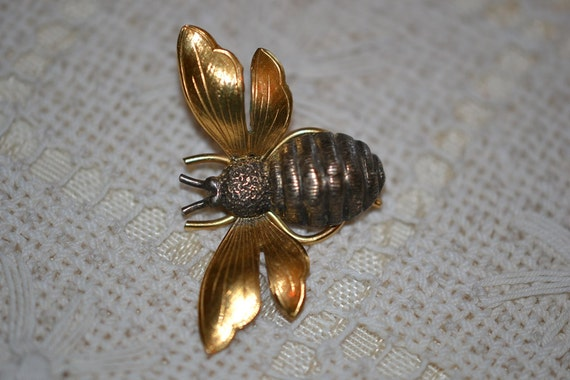 Signed Wells Bumble Bee 14KGF & Sterling