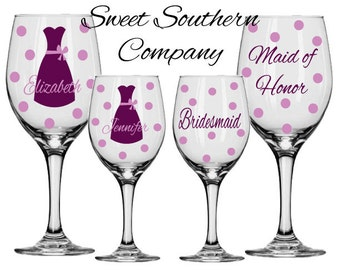 8 Personalized Bridesmaid Wine Glasses with Strapless Gown