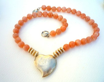 Peach Moonstone semiprecious stones  and Sterling Silver focal  heart necklace..Sterling Silver ,Gemstone necklace.Short necklace.OOAK.