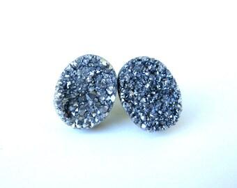 drusy druzy stud earrings in silver sparkle