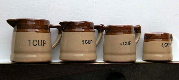 Vintage Set of 4 Brown & Beige Measuring Cups / Clay Pottery 1 / 3/4 / 1/2 / 1/4 Cup