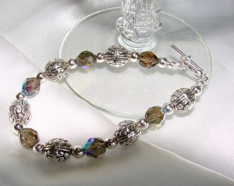 Classy Faceted Glass and Bali Silver Beaded Bracelet