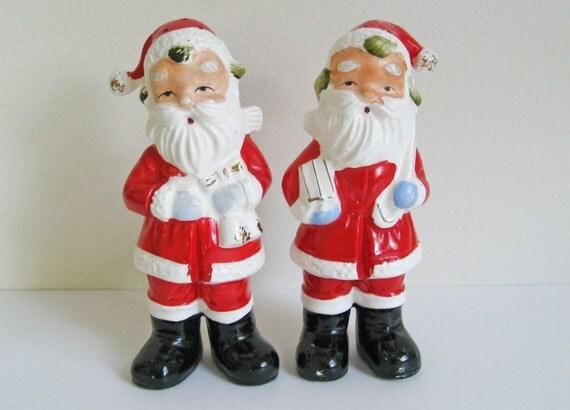 Retro 1950's Santa Claus Salt and Pepper Shakers Vintage Antique Christmas Salt and Pepper Decor Decoration